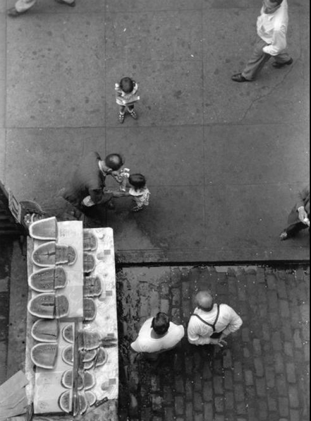 Looking down. New York. Ruth Orkin Photo Archive