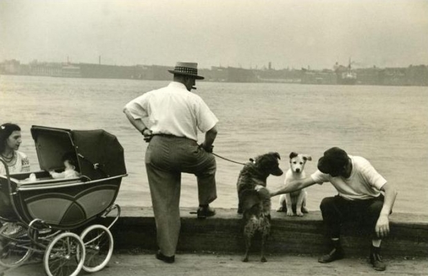 Sunday in New York. Ruth Orkin Photo Archive