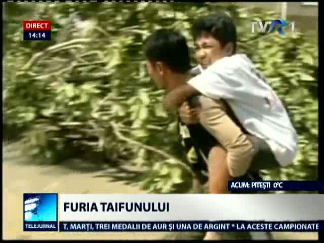 Furia taifunului Bopha in Filipine