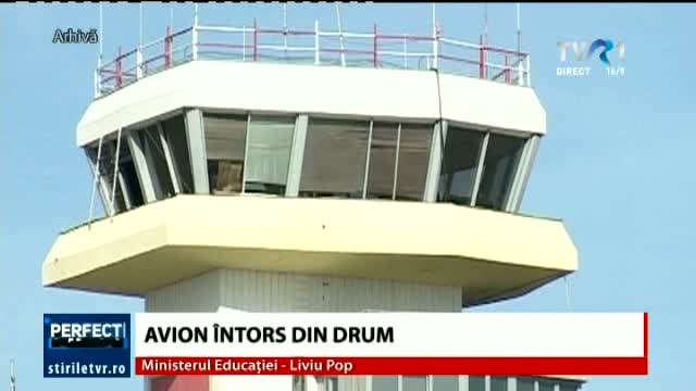 Avion întors din drum