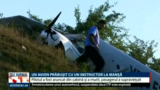 Avion prăbușit cu un instructor la manșă