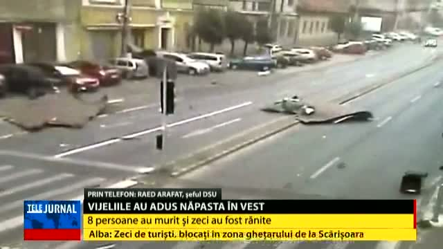 Șeful DSU, Raed Arafat, prin telefon, la Telejurnal