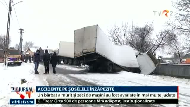 Accidente pe șosele înzăpezite