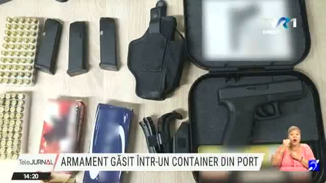 Armament gasit in container
